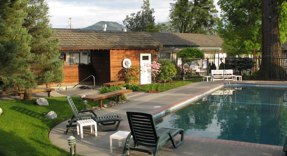 Redwood Hyperion Hotel Grants Pass Pool