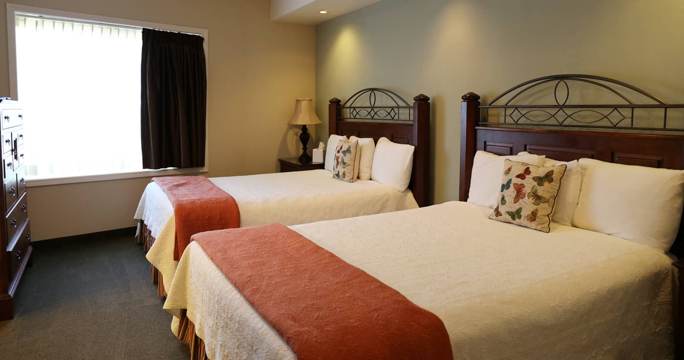 Suites at the Redwood Hyperion